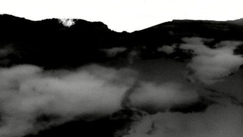 Paesaggio di nuvole linea dellorizzonte 2