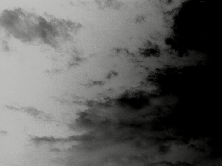 Nuvole in bianco e nerp